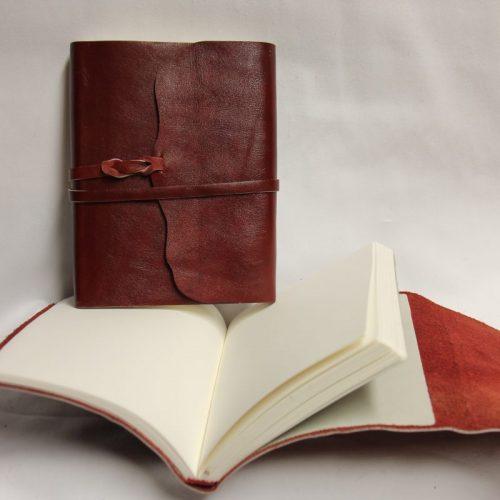 Wickelbuch rot