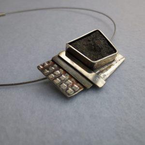Halskette mit Pyrolusit